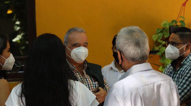 SECRETARIO DE EDUCACIÓN SUPERVISA TRABAJOS DE APRENDIZAJE A DISTANCIA EN HUASTECA NORTE