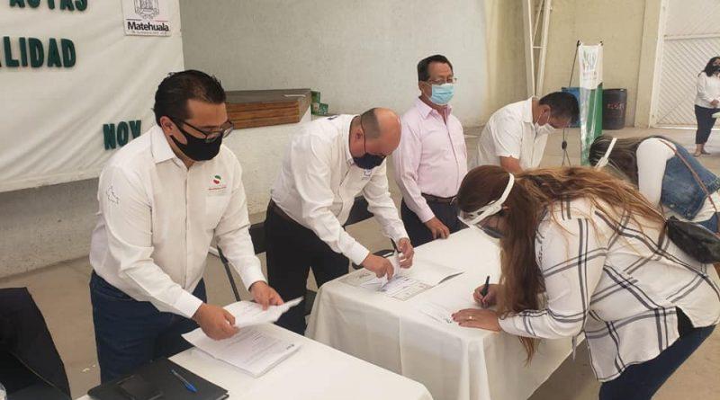 GOBIERNO ESTATAL ENTREGA TRÁMITES DEL PROGRAMA DOBLE NACIONALIDAD EN LA ZONA ALTIPLANO